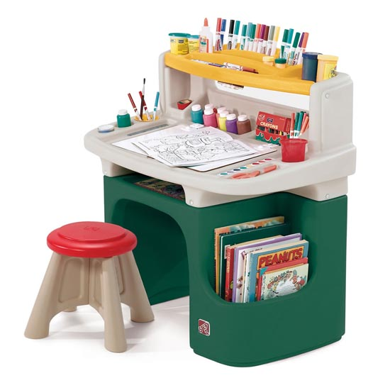 Art Master Activity Desk™