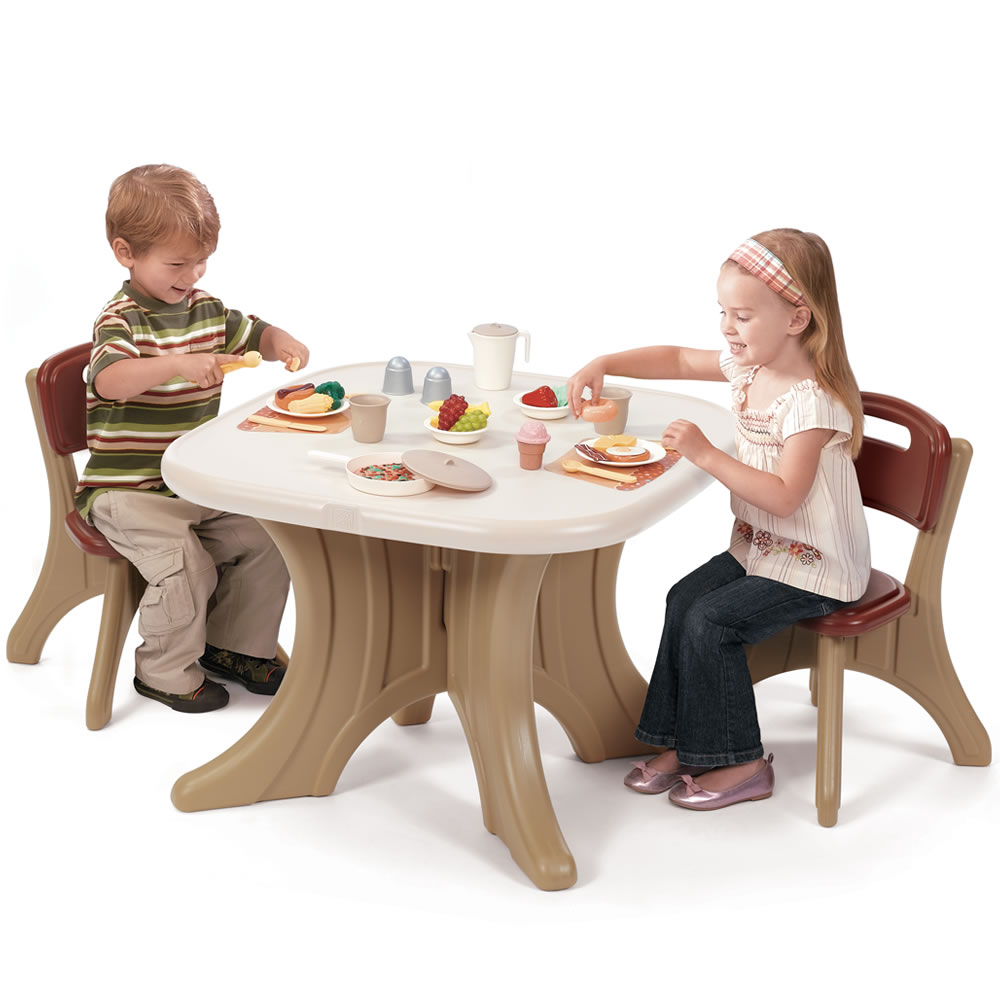 New Traditions Table &amp; Chairs Set