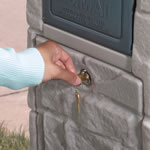 Keep packages secure in the mailbox