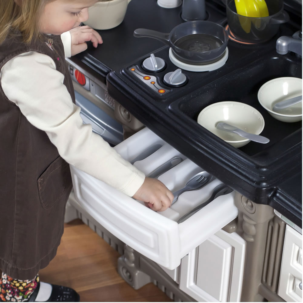 LifeStyle™ Dream Kitchen - utensil drawer