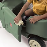 Easy open kids wagon door