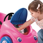 Honking horn on toddler push buggy