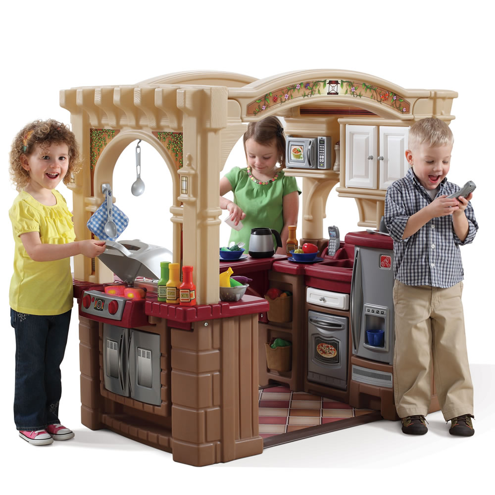 Grand Walk In Kitchen Amp Grill Kids Play Kitchen Step2