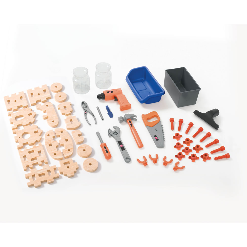Step2 Deluxe Workshop accessory set