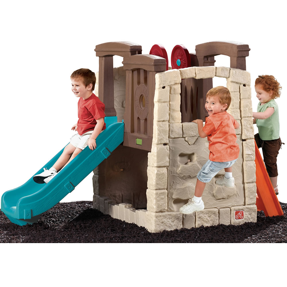 Back view of the toddler's climber