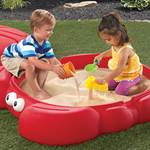 kids playing in Crabbie Sandbox™