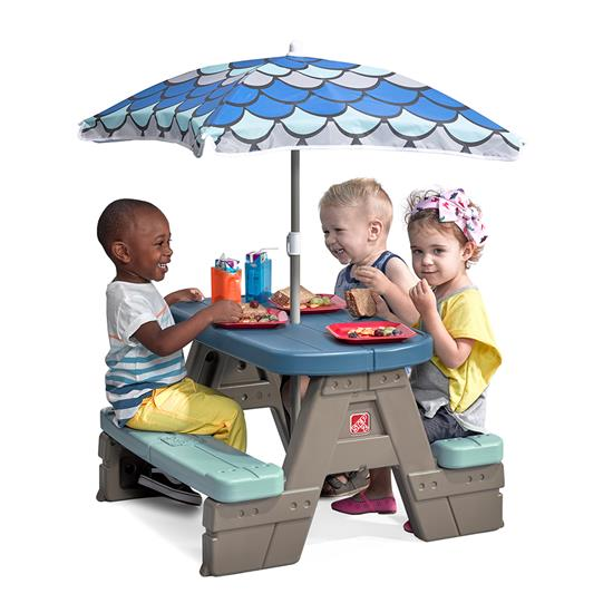 Step2 Picnic & Play Table with Umbrella