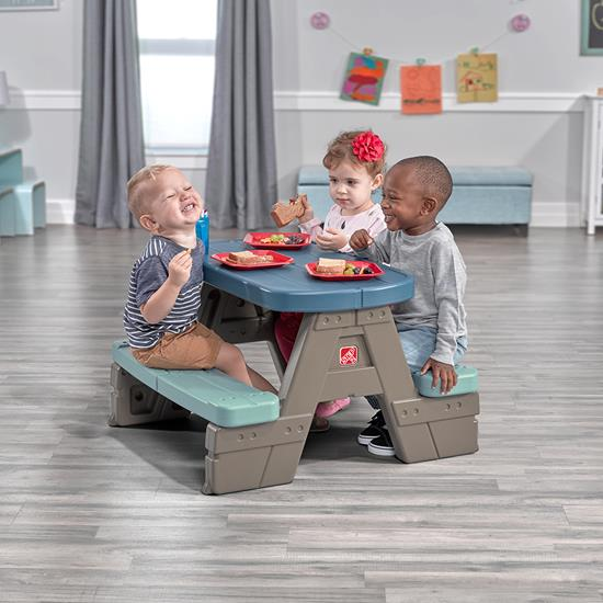 Step2 Picnic & Play Table with Umbrella indoor table