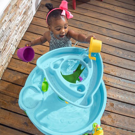 Step2 Spring Time Splash Water Table water tower