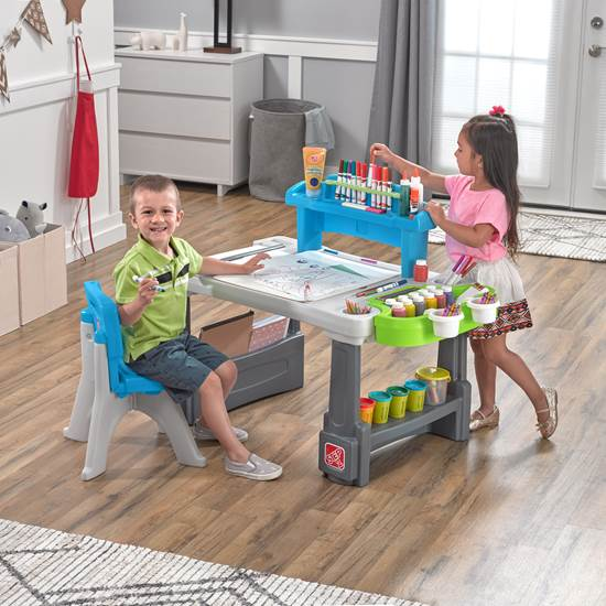 Deluxe Creative Projects Table Kids Art Desk Step2