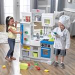Step2 Urban City Kitchen kids playing