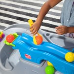 Step2 Ball Buddies Truckin' & Rollin' Play Table