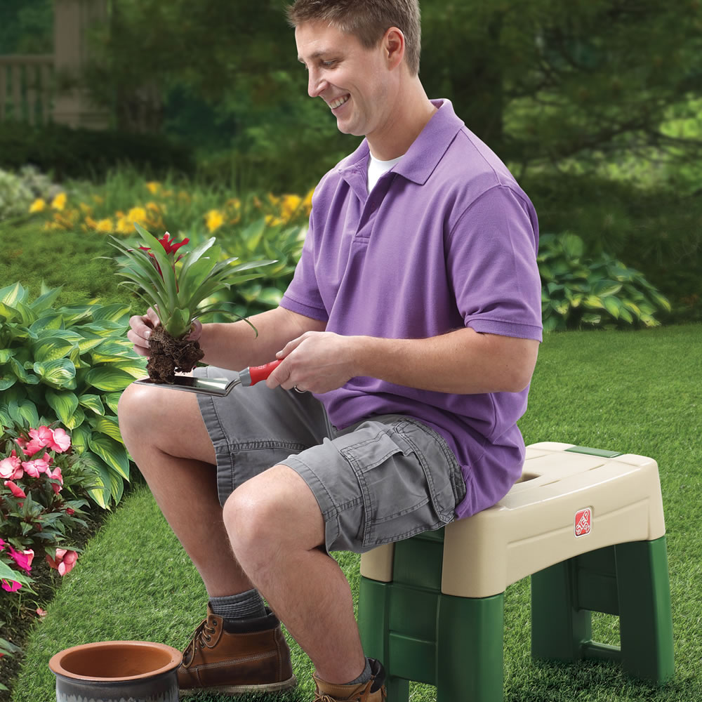 Step2 Garden Kneeler