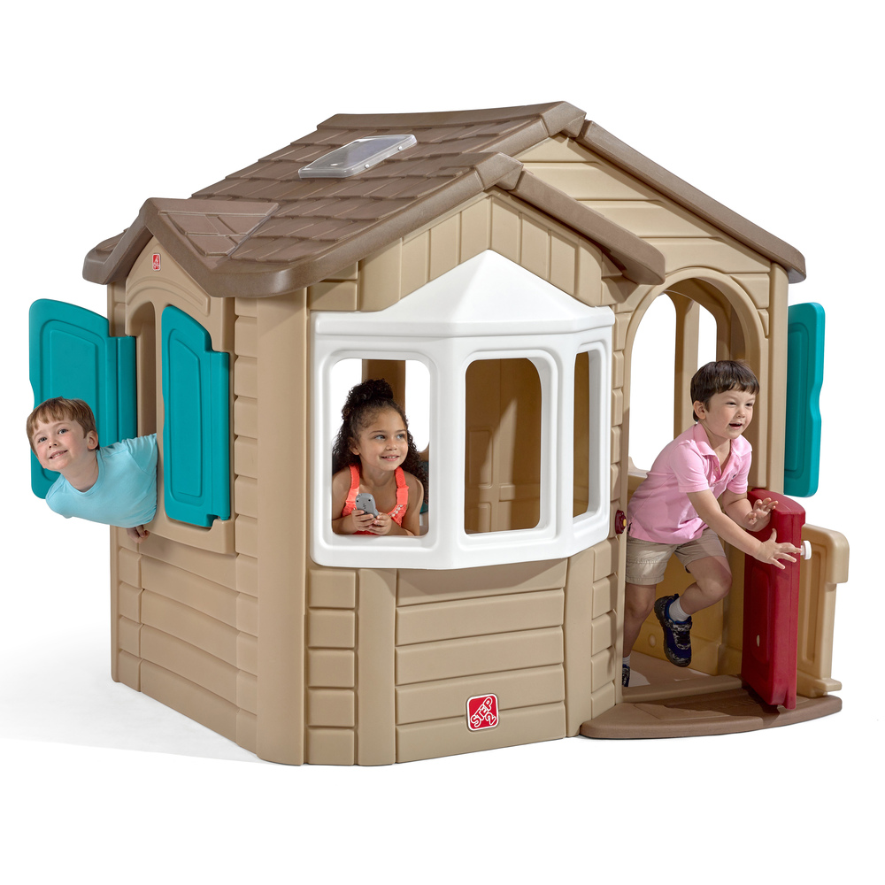 200 & Indoor and Outdoor Kids Playhouses | Step2