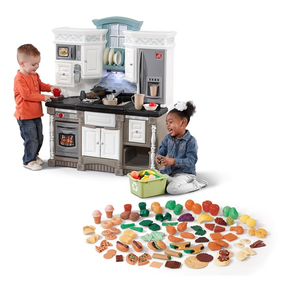 Step2 Dream Kitchen With Extra Play Food