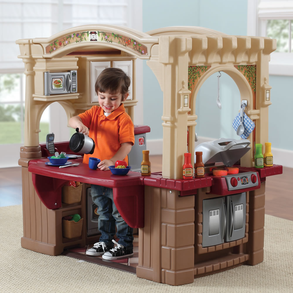 Step 2 Toy Food : Grand walk in kitchen grill kids play step