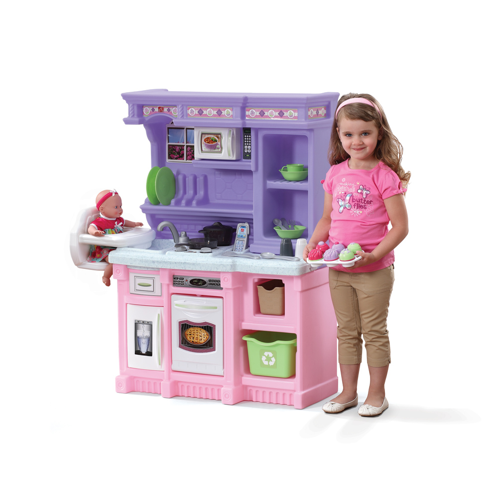 Little baker 39 s kitchen kids play kitchen step2 for Best kitchen set for 4 year old