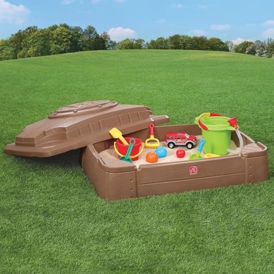 Step2 Play & Store Sandbox with Cover