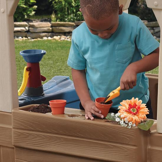 Step2 Great Outdoors Playhouse flower bed planting station
