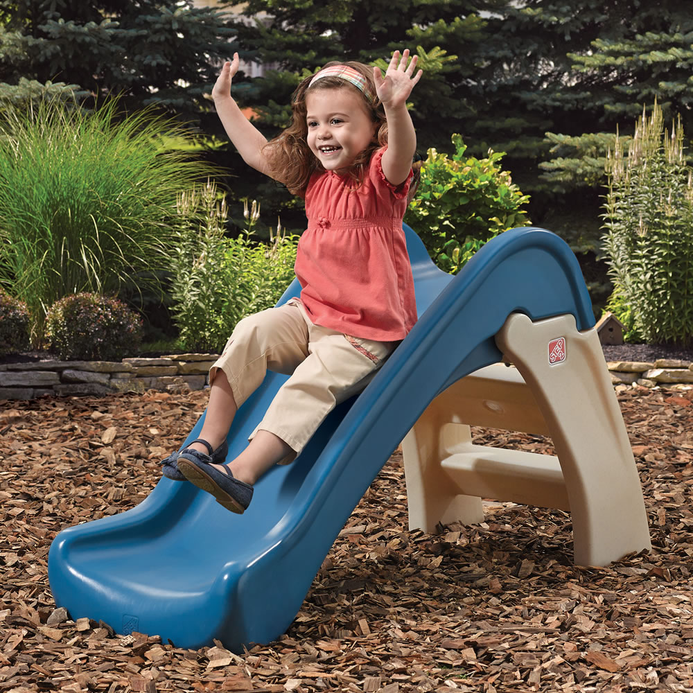 These backyard kids' climbers and slides help develop large motor skills, balance and coordination – and they are fun! Our play climbers and slides are just the right size for toddlers. The right amount of challenge and the right amount of independent play.