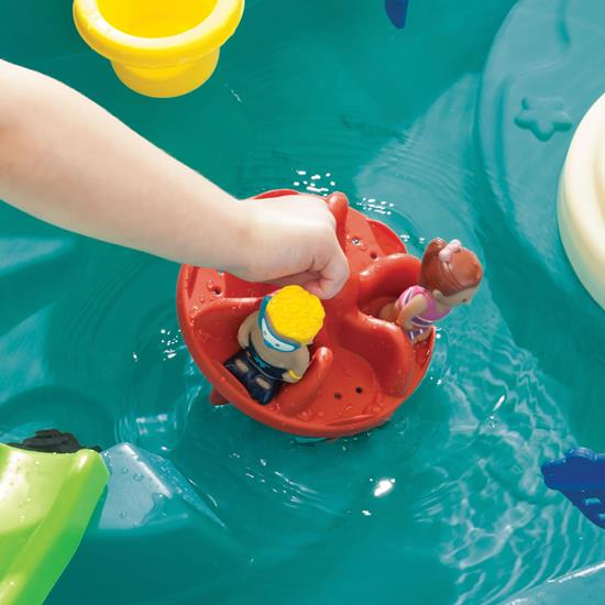 Step2 Splish Splash Seas Water Table carousel