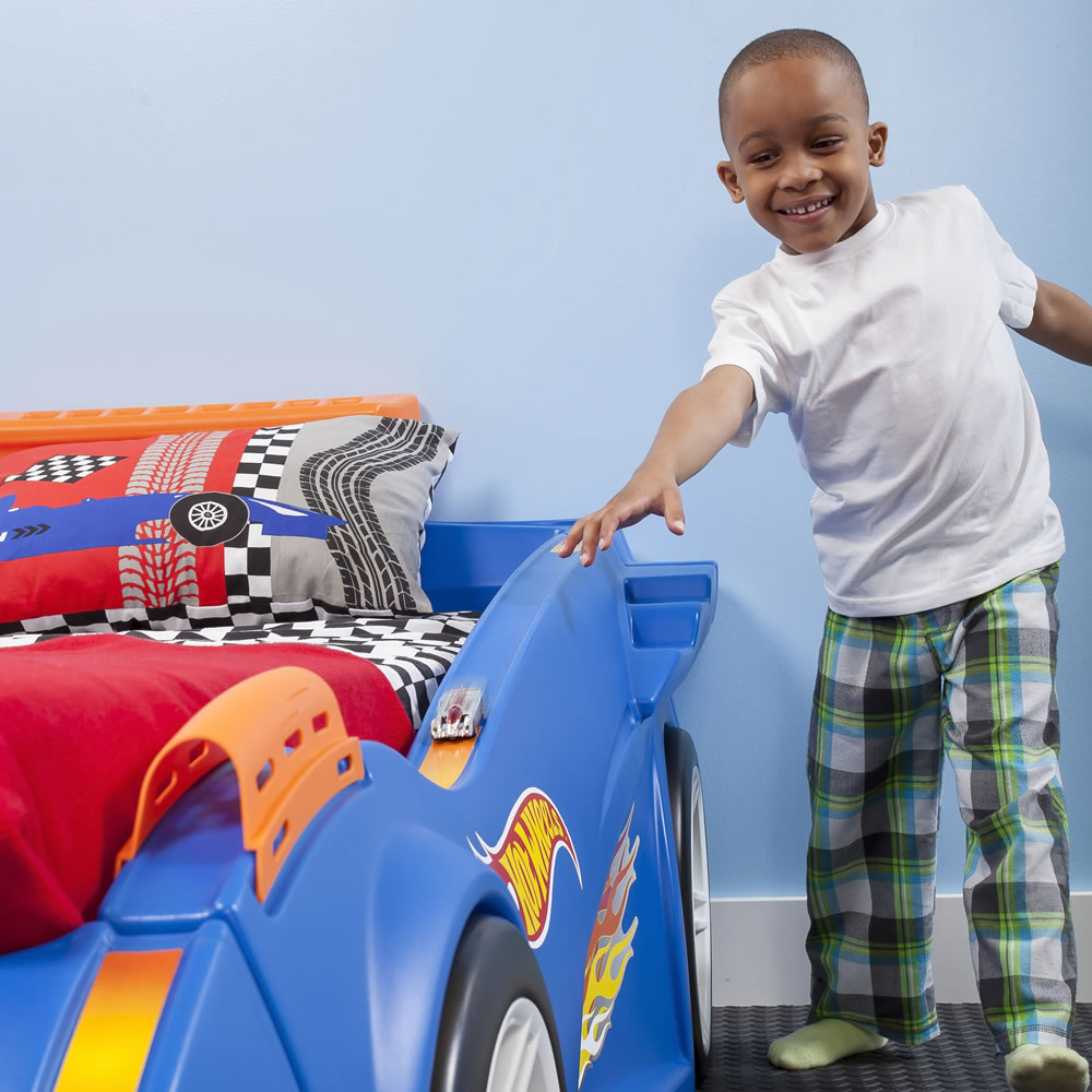 Car beds for boys twin - Hot Wheels Toddler To Twin Race Car Bed