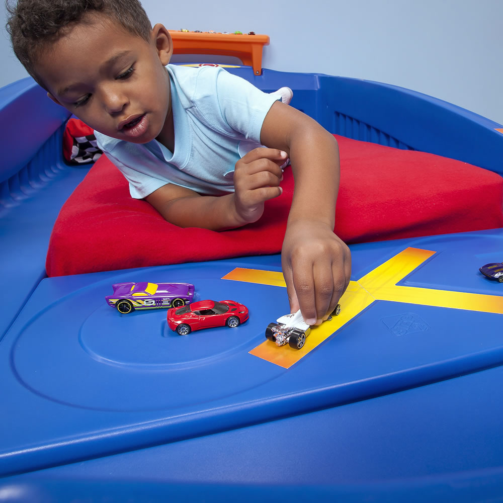 Car beds for boys twin - Step2 Hot Wheels Toddler To Twin Race Car Bed Race Track