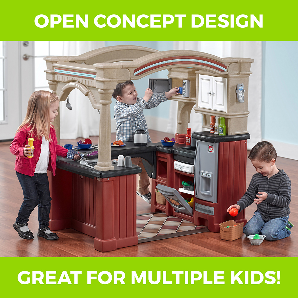 Grand Walk-In Kitchen | Play Kitchens | Step2