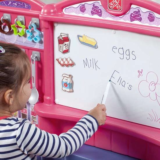 writing on board Step2 Create and Bake Kitchen