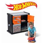 Step2 Hot Wheels™ Race Car Dresser