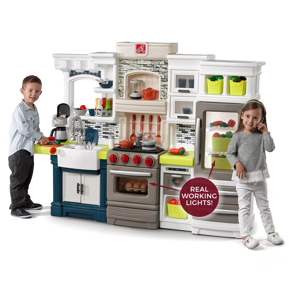 Elegant Edge Kitchen Kids Play Kitchen Step2