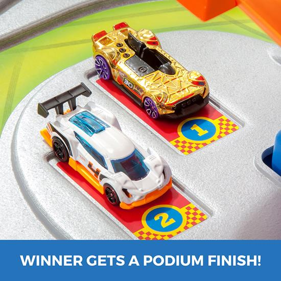 Step2 Hot Wheels Road Rally Raceway race