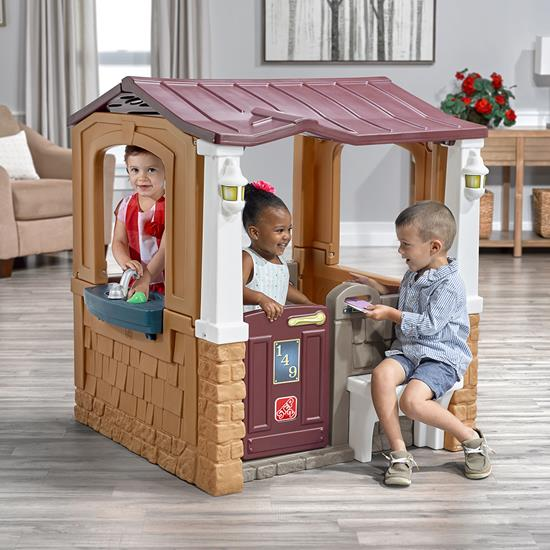 Step2 Porch View Playhouse indoors