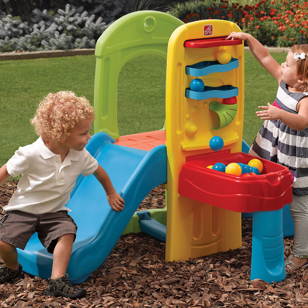 Step2 Play Ball Fun Climber ball drop